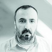 Dimitri Koutsomytis : Kreativ leder/fotograf