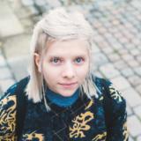 Aurora synes musikkbransjen er vakker og forferdelig